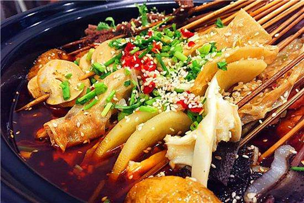 成都老妈串串香加盟富有特色的菜肴
