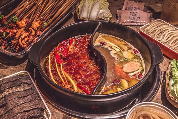 免费的串串锅底,你敢吃吗?